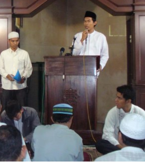 Forpija Tabligh Akbar Indonesia Damai Tanpa Syiah di Mesjid Al Furqon DDII Dipadati Massa