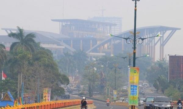 Asap Riau Mengakibatkan 3 Bandara Lumpuh