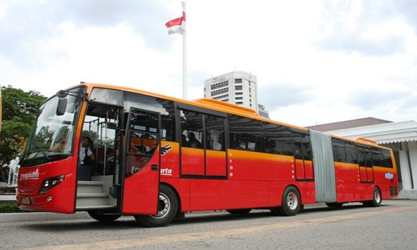Dilaporkan Adanya Penggelembungan Pada Dana Bus Trans Jakarta