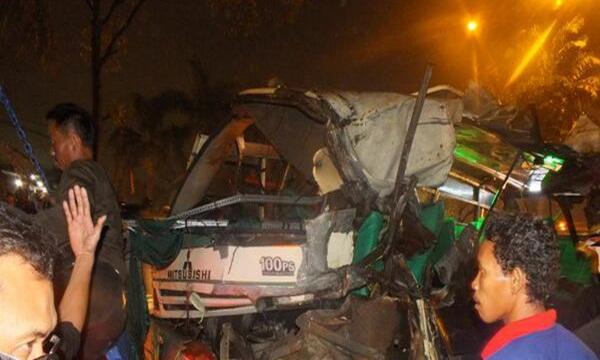 Kecelakaan Tol Cikarang Menewaskan 1 Orang