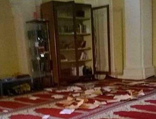 Masjid Roma Dirusak dan Al-Quran Dibakar