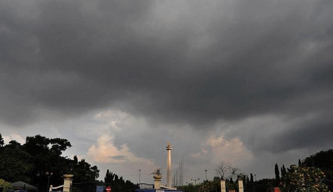Seluruh Wilayah Jakarta di Perkirakan Diselimuti Awan