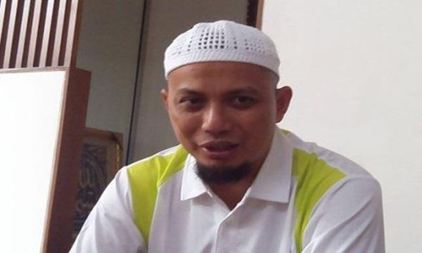 Ust Arifin Ilham, Kenalilah Ciri Dukun Berpakain Ulama