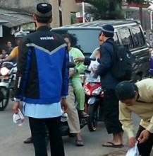 HASMI Sukses Sebarkan 3500 Paket Berbuka Dalam Ta'jil On The Road Jabodetabek & Bandung (9)