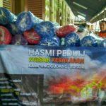 Puluhan Kasur Lantai Diserahkan HASMI Bogor Kepada Korban Kebakaran