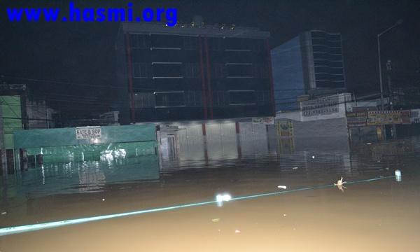 Galeri Kegiatan HASMI Dalam Aksi Kemanusiaan Peduli Banjir Jakarta