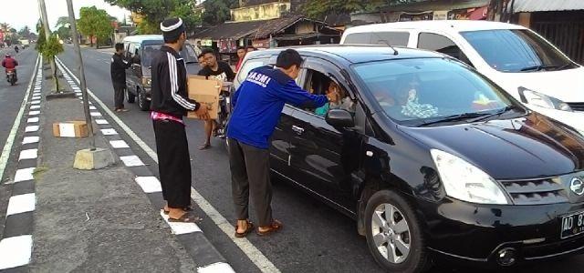 Ta'jil on The Road DPW HASMI Jateng