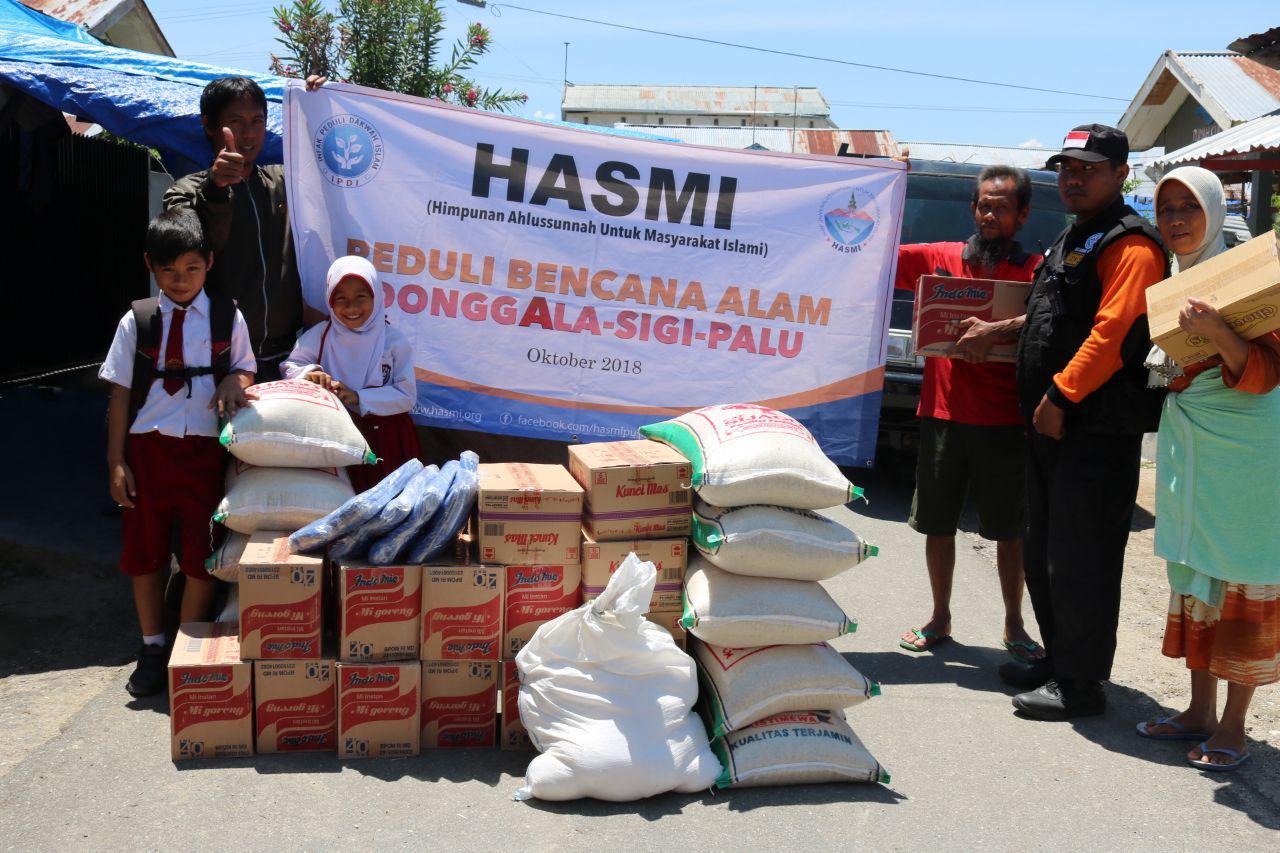 Relawan Sosial HASMI – Bergerak Siang Malam Memberi Bantuan