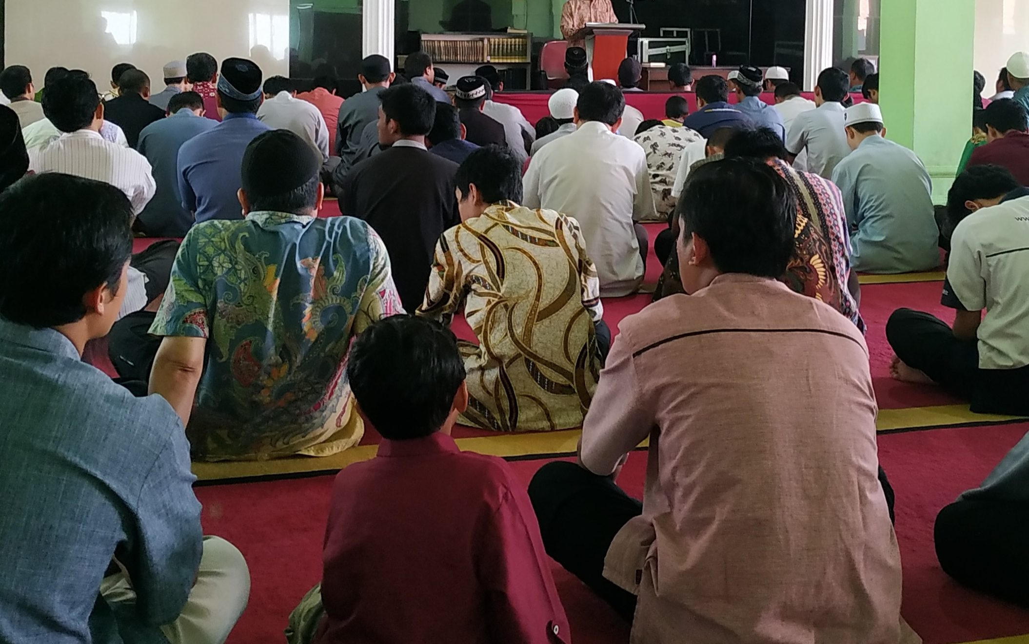 Khatib Masjid Raya HASMI Sampaikan Khutbah Terkait Corona