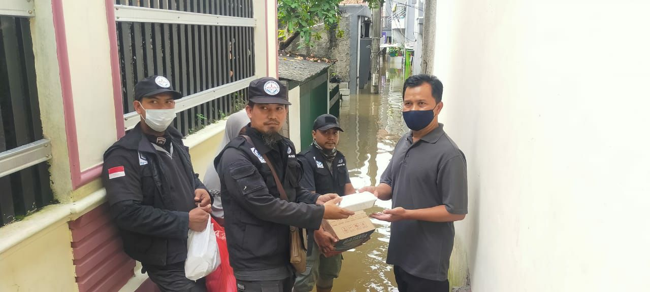 HASMI salurkan bantuan kemanusiaan untuk korban banjir di Jakarta