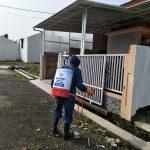 HASMI Peduli – Lakukan Penyemprotan Disinfektan di Pemukiman Warga
