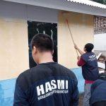 Di Tengah Pandemi – HASMI Sukses Bedah Rumah & Salurkan Sembako